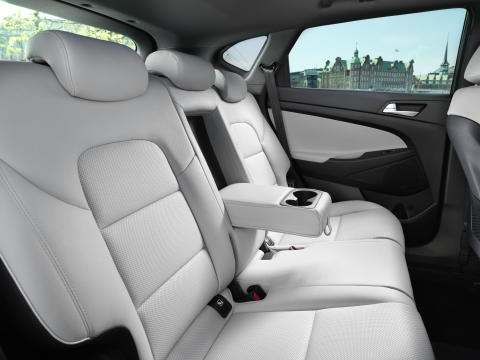 New Hyundai Tucson Interior (5)