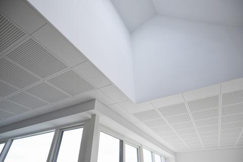 Frisk luft og god akustik med diffus ventilation