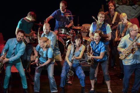 Publiksuccén med Sångensemblen Amanda tillbaka på Folkteatern
