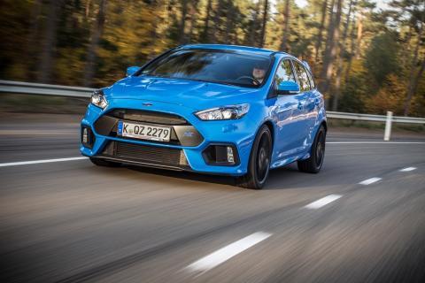 A vadonatúj Ford Focus RS modellben mutatkozik be a Ford innovatív AWD rendszere, valamint több, a vezetési élményt fokozó teljesítményjavító technológia