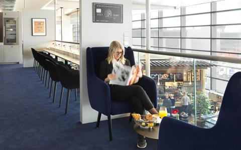 American Express Lounge by Pontus_3