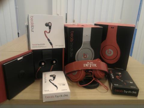Fake Dr Dre headphones seized in raid