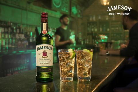 Zum 1. Mal im TV: Jameson Irish Whiskey stellt bei neuer Kampagne Geschmack und Mixbarkeit in den Fokus
