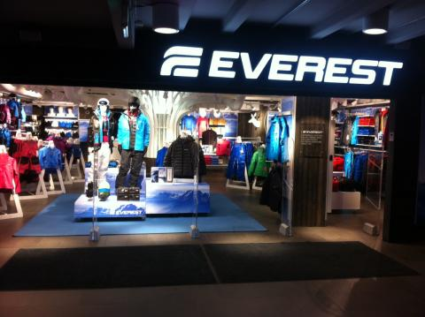 Stadium öppnar Everest-butik