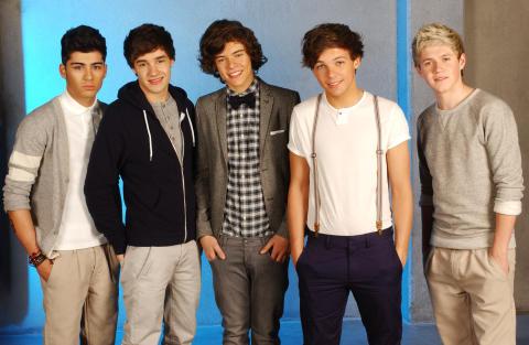 One Direction tillbaka med svenskskriven singel
