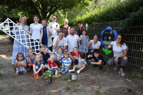 Santander Mitarbeiter verschönern  Kinder- und Jugendeinrichtungen
