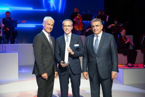 Bridgestonelle Volkswagen-konsernin innovaatio- ja teknologiapalkinto