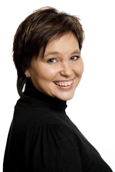 PRESSEMELDING: Line Fuglehaug i P4 er tildelt Alf Hellviks mediemålpris 2012.