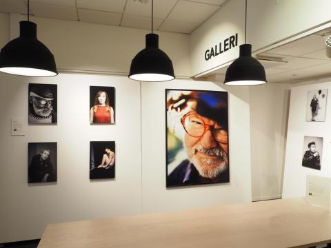 Utställning med Knut Koivisto på Sveavägen 20