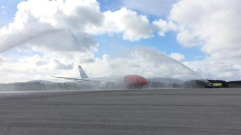 Norwegians første flygning fra Bergen til New York har tatt av