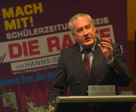 Schülerzeitungspreis DIE RAUTE verliehen / Hanns-Seidel-Stiftung zeichnet fünfzehn Schulen aus