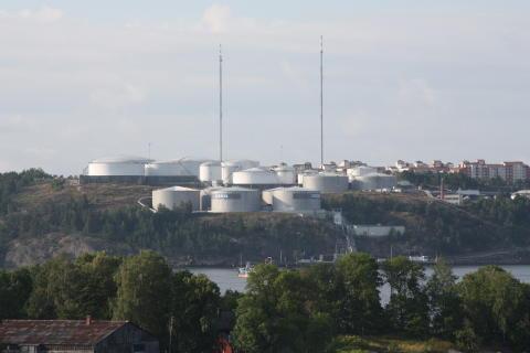 Landstinget tar strid om Bergs oljehamn