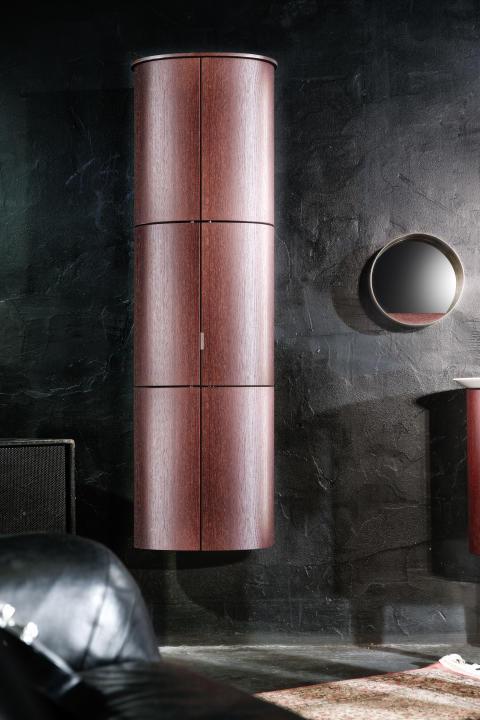Kompromisslose Solisten: Mit exklusiven Features wie dem Kosmetikschrank und ergänzenden Möbeln macht Diva 2.0 von burgbad das Bad zum Salon