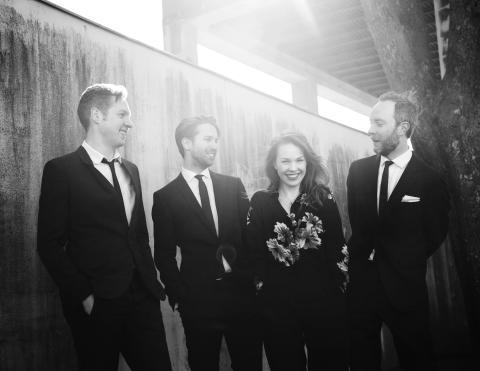 Isabelle Lundgren med Carl Bagge Trio