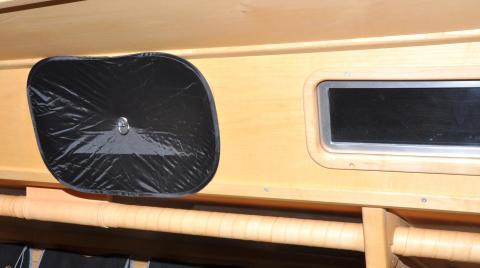 Mörkläggningsgardin till båt