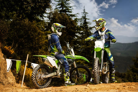 Kawasaki MX & Enduro - 2016 års TEAM GREEN