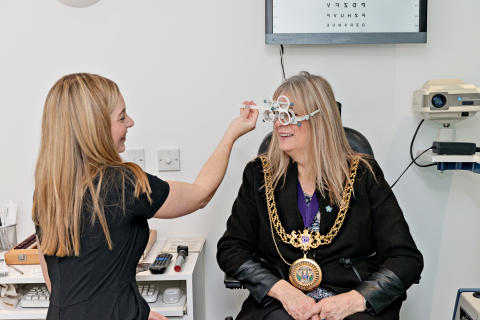 Mayor of Weymouth joins in celebrations to reopen local opticians