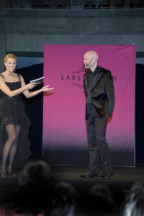 Svart Nyckelkväll med Lars Wallin på NK