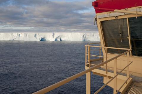 Spår i havsbotten visar hur känslig delar av Antarktisisen är