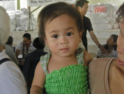 Flood-affected children in Philippines floods require urgent access to health services, Save the Children says.
