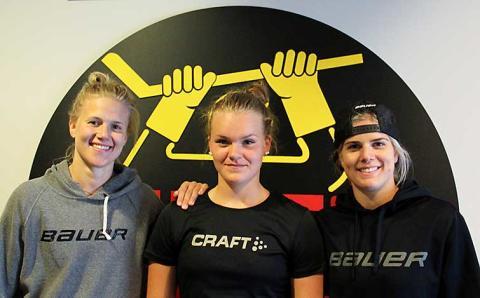 Årets hockeycamp för tjejer i full gång