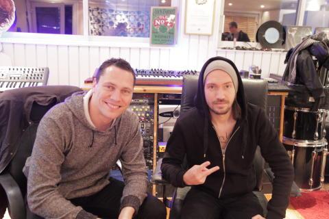 Pressbild - Tiësto & Oscar Holter i studion