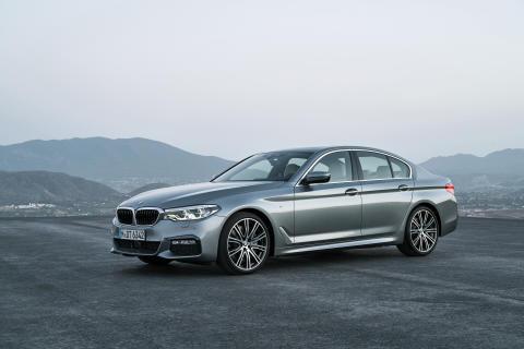 BMW 5-serie Sedan - forfra