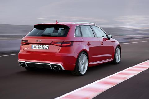 Flere priser til Audi