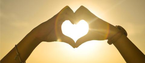 Slösa med kärleken och spara på energin på Alla hjärtans dag!