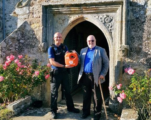 Police donation helps fund defibrillator for Hooe church