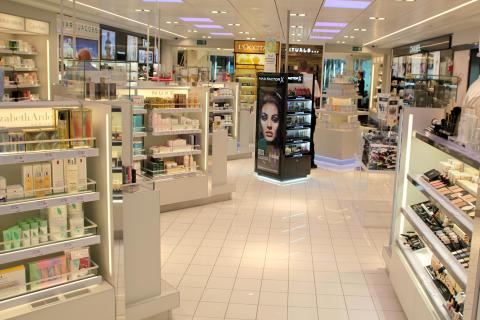 Parfumeriet ombord på Scandlines' nye hybridfærge M/F Berlin
