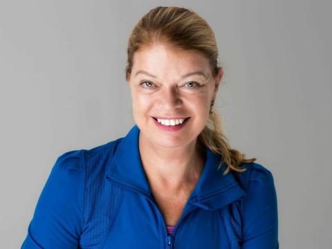 Carita Leche från Stockholm Pilatescenter –presentatör under Yogomove.