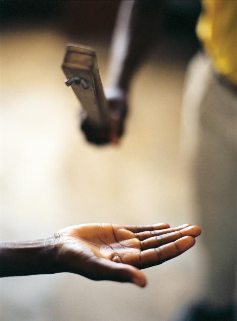 Skolvåld ger förödande sociala och ekonomiska konsekvenser för hela länder