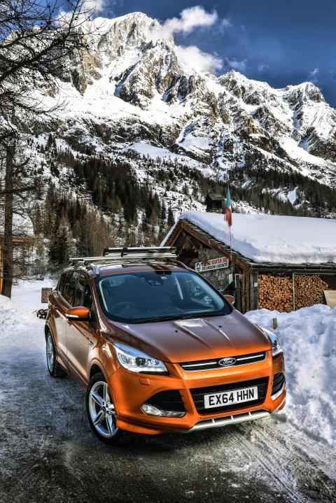 Ford Kuga AWD (1)