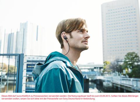 MDR-AS800BT von Sony_Lifestyle_02