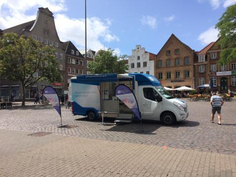 Beratungsmobil der Unabhängigen Patientenberatung kommt am 21. Januar in Flensburg.