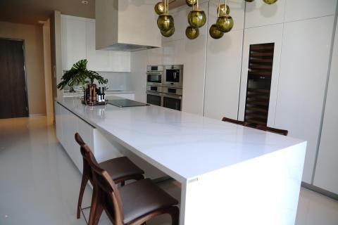 kitchen_countertop_by_silestone_calacatta_gold_Roberto_Migotto