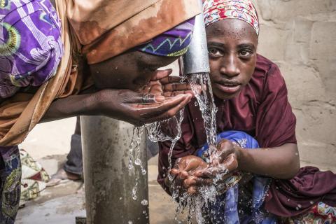 Barn i Tsjad - rent vann