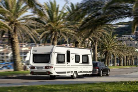 Fendt-Caravan zeigt auch in der Saison 2019 wieder wegweisende Konzepte auf. Eine Vielzahl an Optimierungen und tollen Neuheiten werden in allen Baureihen integriert.