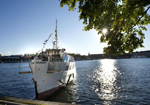 Junibackens-festvåning-båt