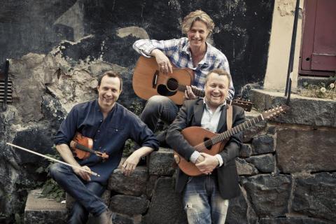 Quilty, Sveriges främsta tolkare av irländsk musik, besöker Stadsträdgården