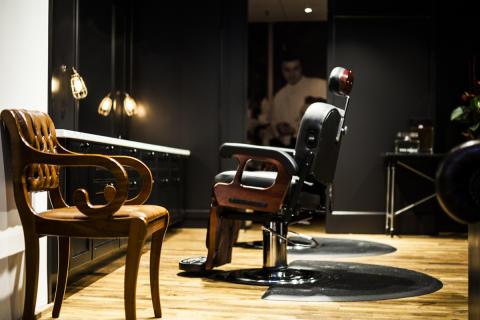 Snabbväxande Gents lanserar Gents Barber & Perfume Bar
