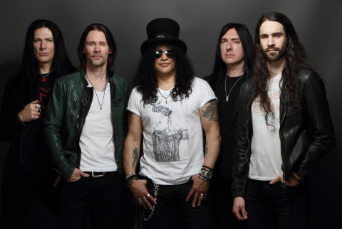 Slash ft Myles Kennedy and the Conspirators