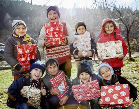 26 000 julklappshjältar sprider glädje i östra Europa