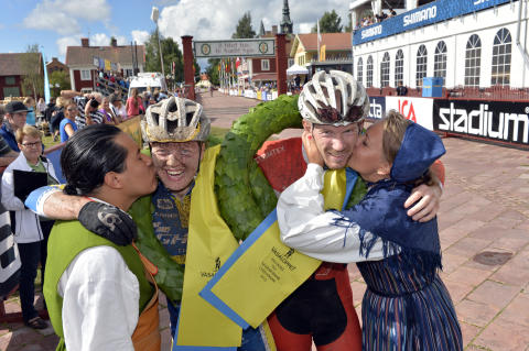 Fredrik Ericsson och Alexandra Engen vann CykelVasan 2013