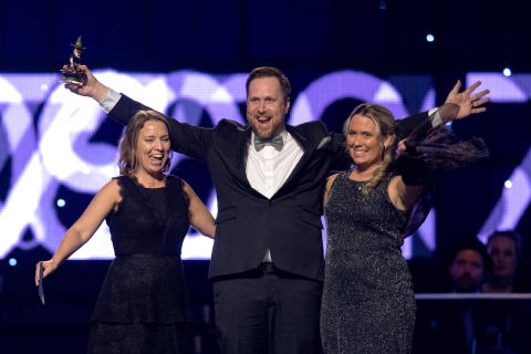 Årets peppare Sara Marklund, Mathias Åström och Carina Söderlind Löfvander, Gerestaskolan, Härnösand under Idrottsgalan den 15 januari 2018 i Stockholm.