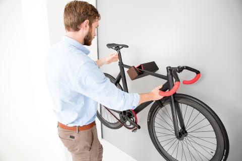 Platz da! Bring dein Bike an die Wand – mit Parax & Kebony