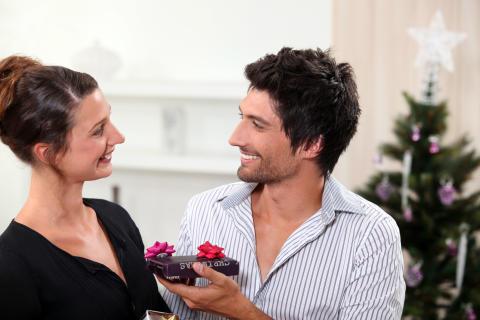 Sværest at finde julegave til kæresten