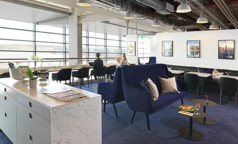 American Express Lounge by Pontus_2
