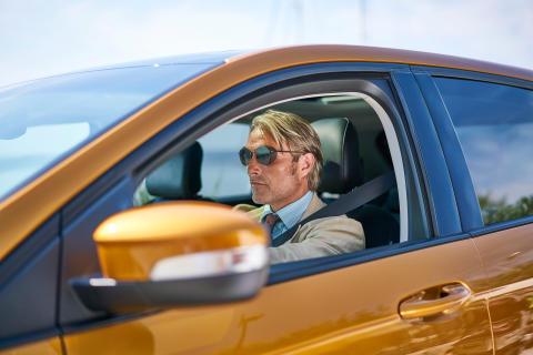 Mads Mikkelsen tar huvudroll i kortfilm för Ford